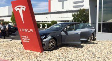 Tesla Batıyor